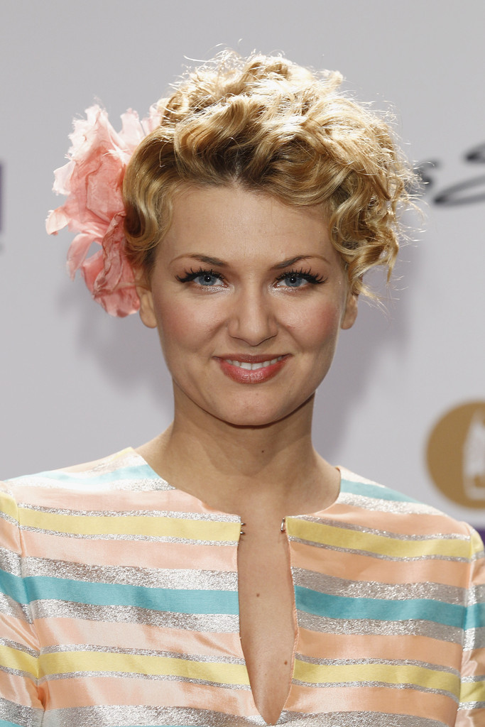 2013 Short Curly Hairstyles 2013-Short-Curly-Hairstyles