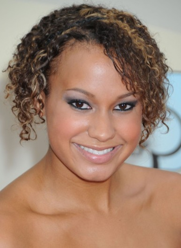 Beautiful Short Curly African American Hairstyles