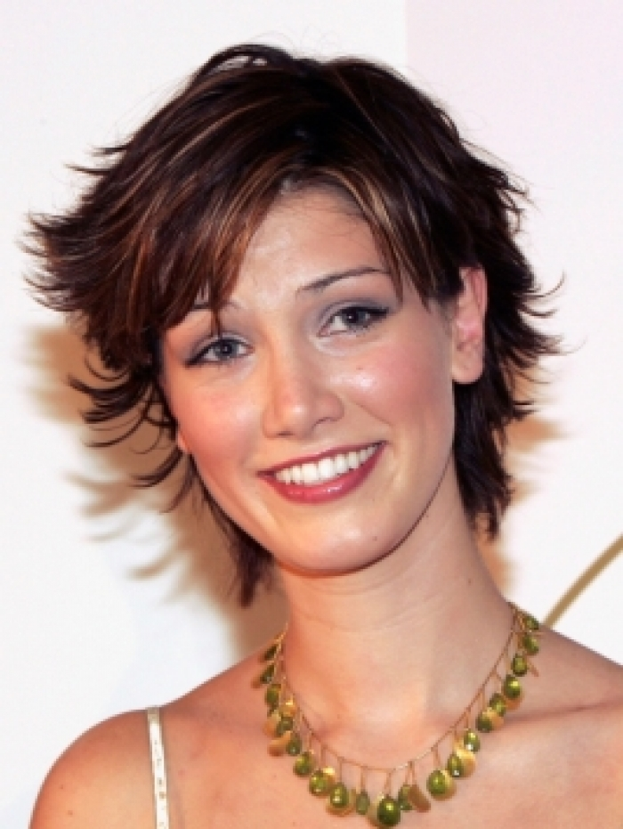 Beautiful Short Layered Shaggy Hairstyles