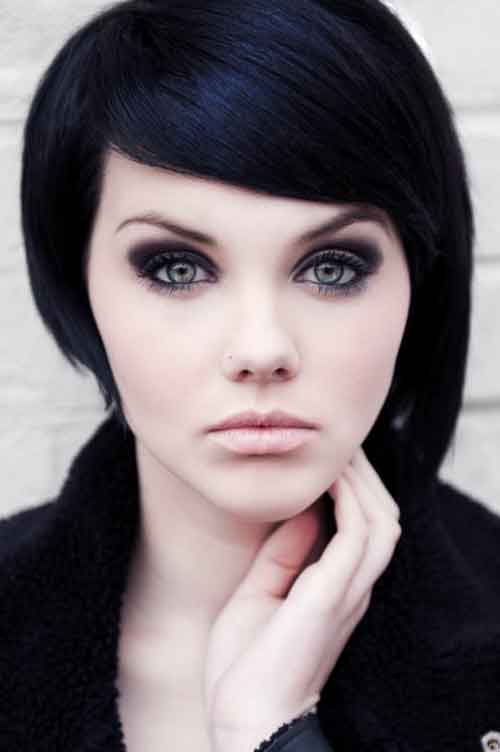Best and Beautiful Short Hairstyles for Oval Faces