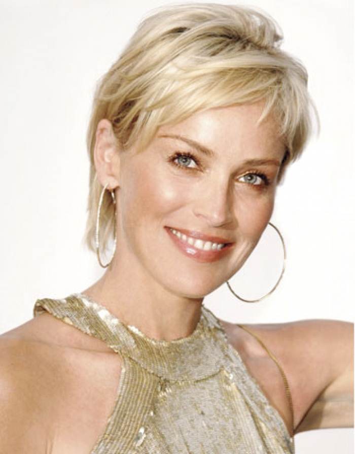 Beautiful Short Hairstyles For Women Over 40