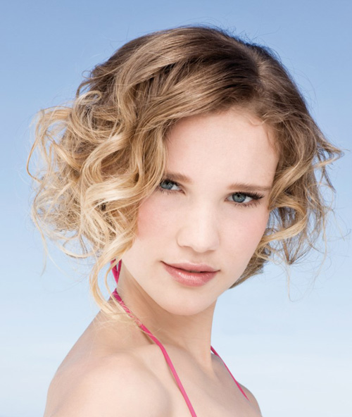 Short Curly Hairstyles for Beautiful Girls