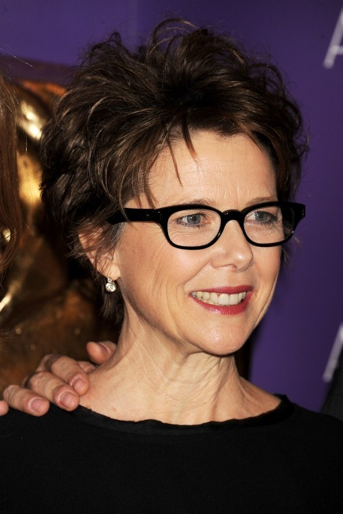 Beautiful Short Hairstyles For Women Over 40 Short-Hairstyles-for-Women-Over-40-with-Glasses