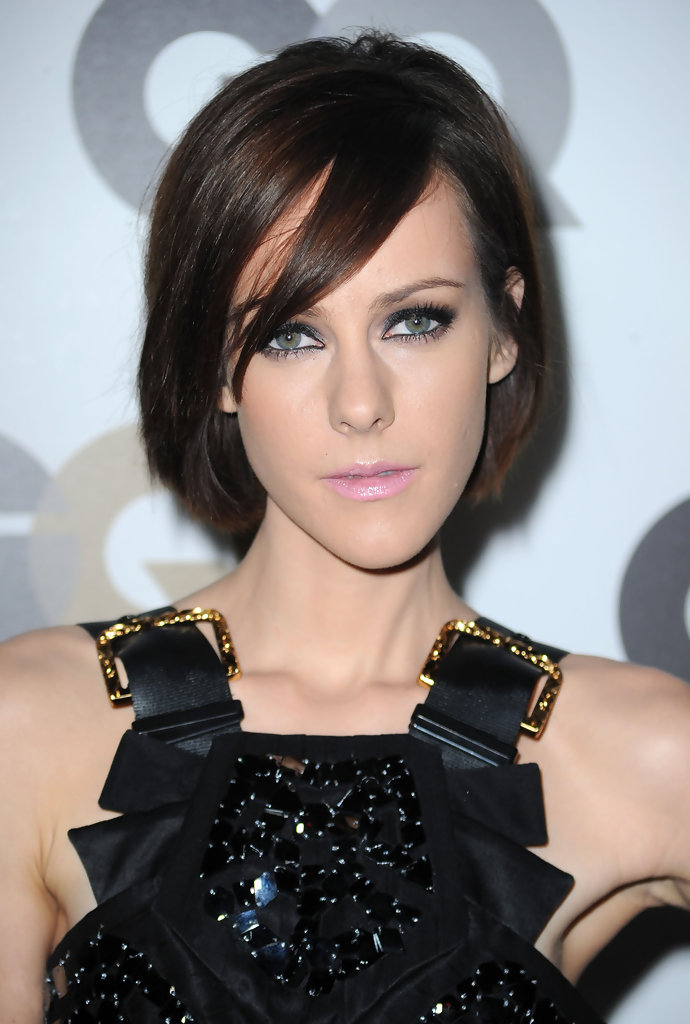 Cute Short Hairstyles for Long Faces