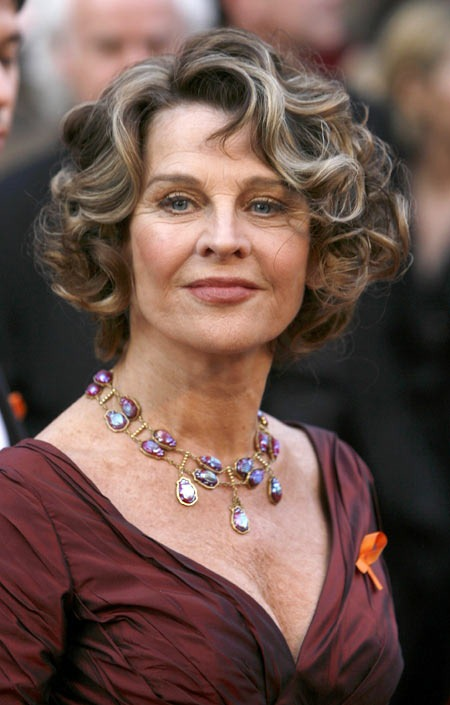 Short Hairstyles Older Women