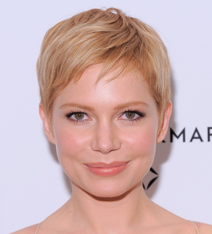 Super Short Hairstyles for Long Faces