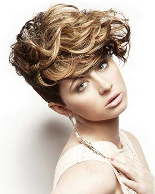 Cute Short Curly Haircuts for Beautiful Women Short-Curly-Blonde-Haircuts-2013
