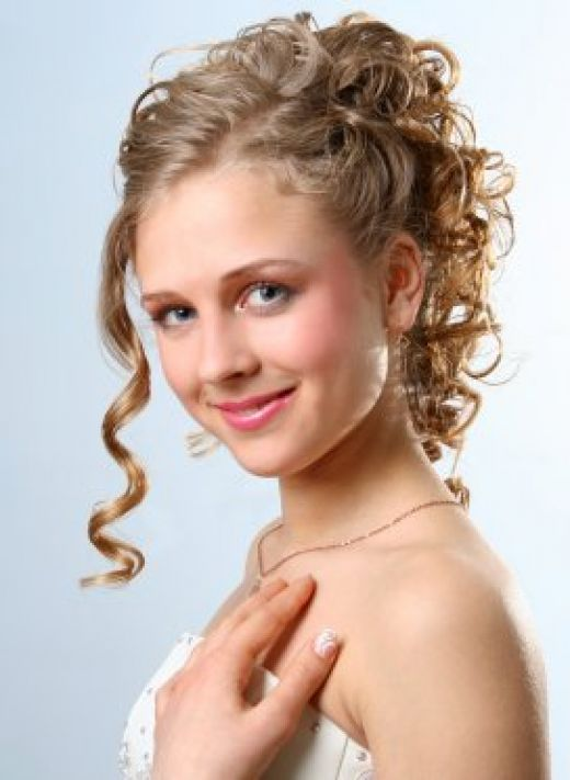 Cute Short Haircuts For Girls With Curly Hair Cute-Short-Haircuts-For-Girls-With-Curly-Hair