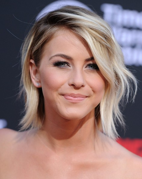Julianne Hough Layered Razor HairCut
