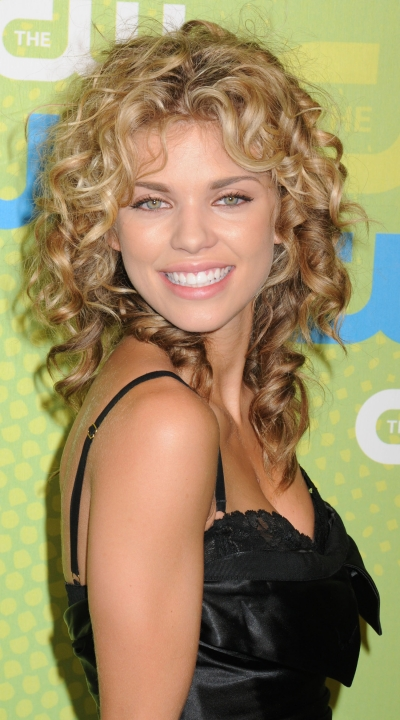 Best Medium Curly Hairstyles 2015 Medium-Natural-Curly-Hairstyles-With-Bangs