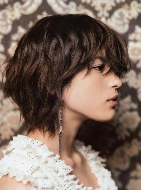 New Short Layered Haircuts for Women Short-Layered-Haircuts-From-The-Back