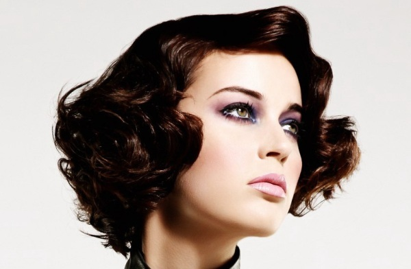 Elegant Hairstyles for Short Hair Elegant-Wavy-Hairstyles-for-Short-Hair