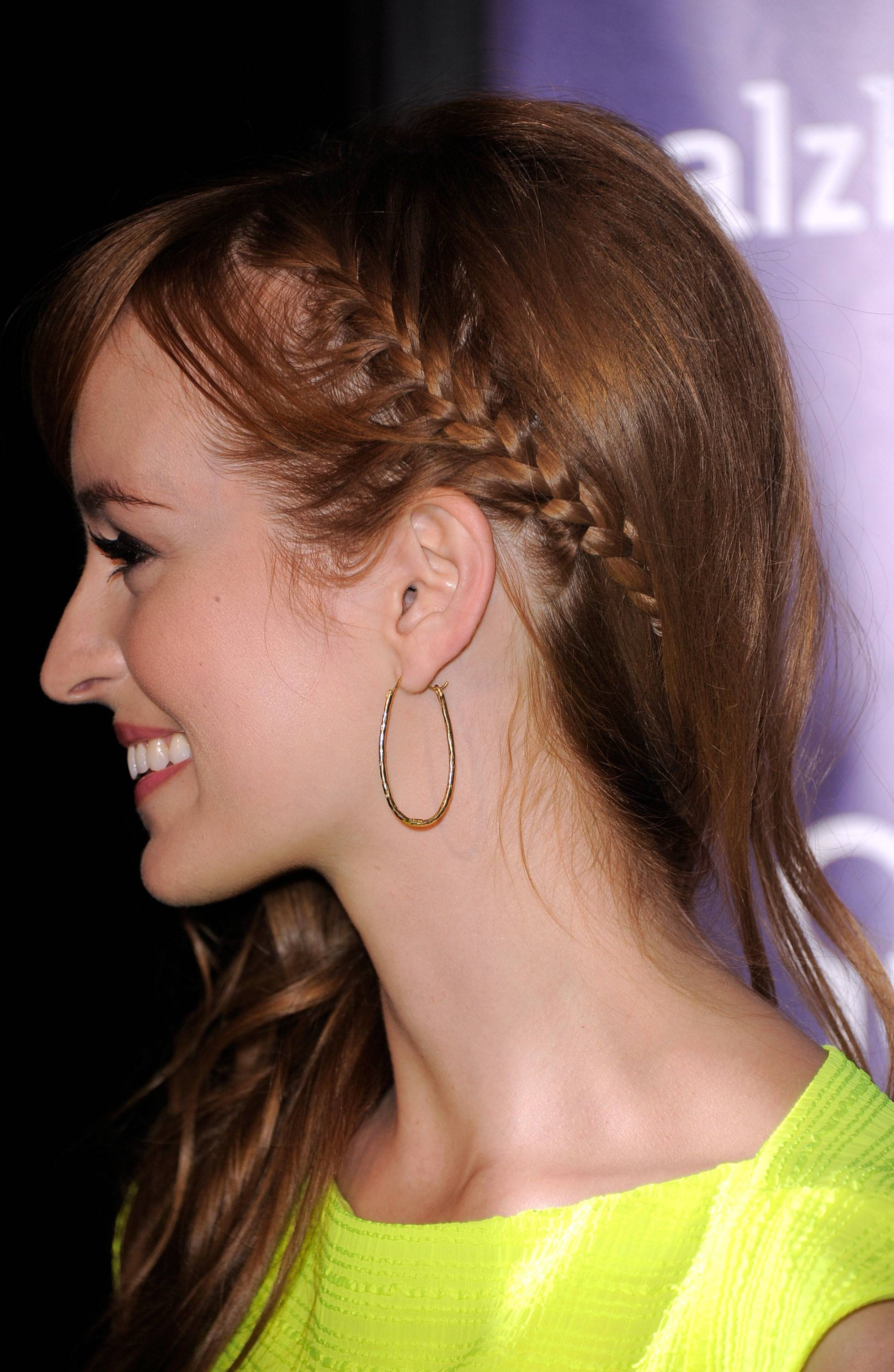 Simple Braided Hairstyles for Beautiful Women