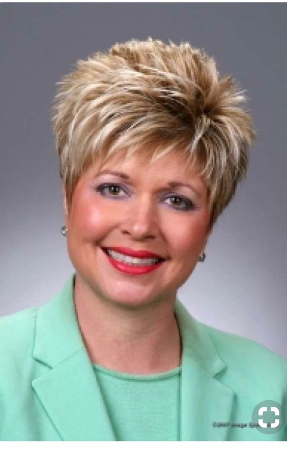 Cute Short Layered Haircuts for Women Over 50 7