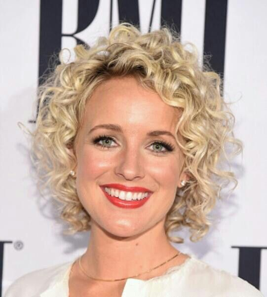 Spiral perm hairstyles for women 8
