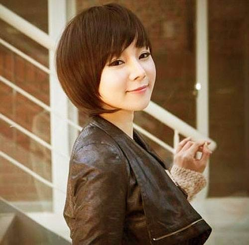 Asian Short Hairstyles 2015 for Women asian-short-hairstyles-with-bangs-for-women