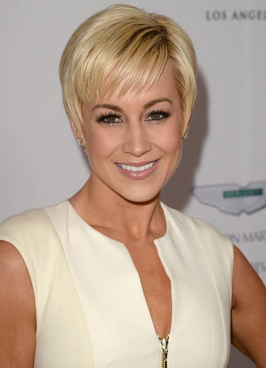 2014 Short Pixie Hairstyles For Women Over 40
