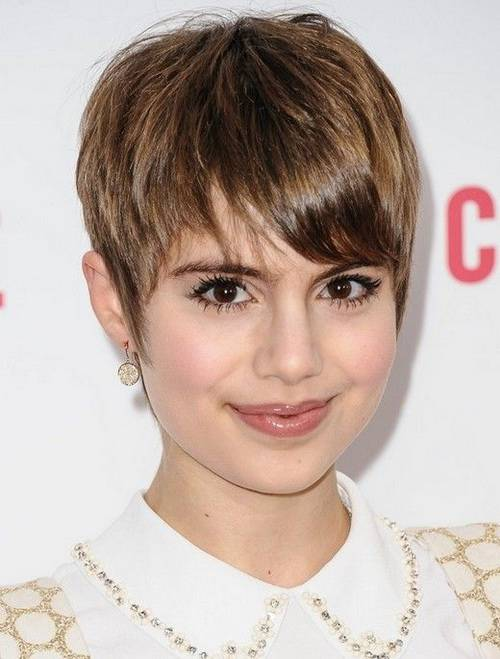 New Short Hairstyles for Round Faces 2014