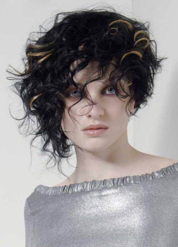 Short Curly Black Hairstyles Picture