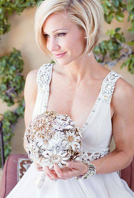Beautiful Short Hairstyles for Weddings