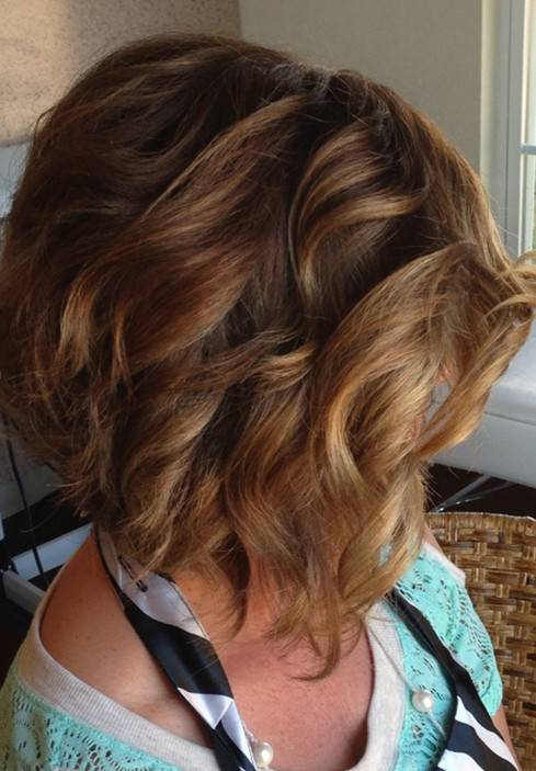 2014 Short Stacked Bob Hairstyles for Women short-stacked-wavy-bob-hairstyles