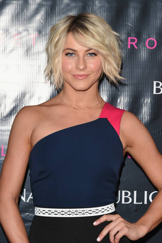 2014 Celebrity Hairstyles for Short Hair Julianne-Hough-Short-Messy-Hairstyles