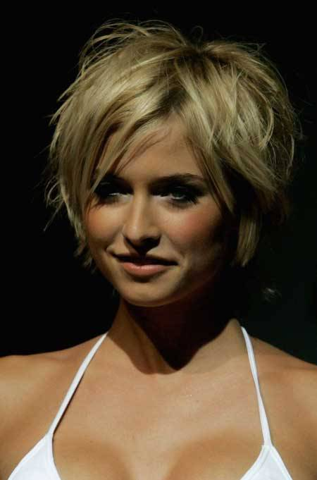 Sexy short messy pixie hairstyles