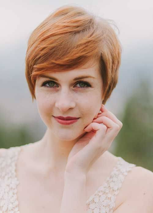 Pretty Short Straight Pixie Haircut with Side Bangs
