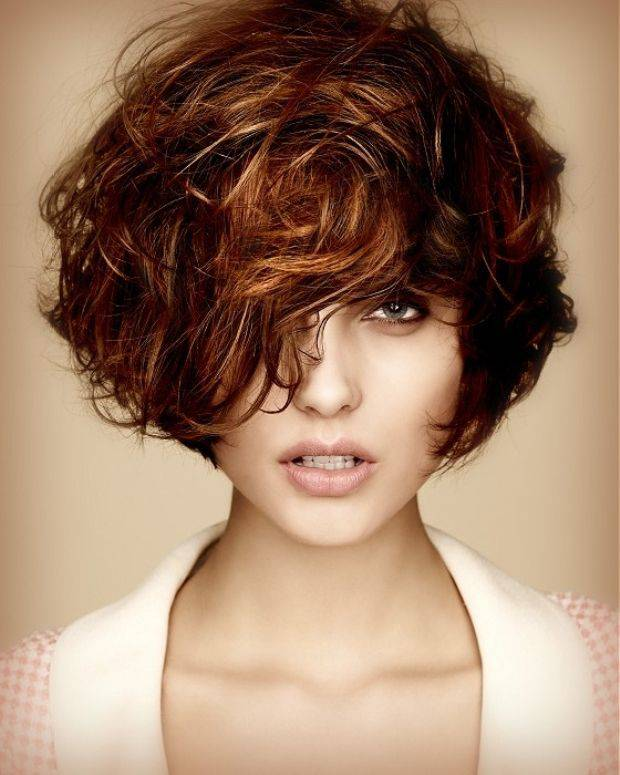 Trendy Short blonde hair color