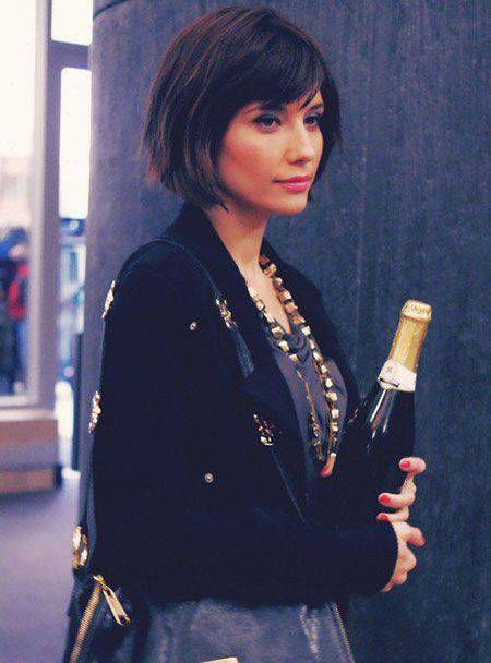 Best 11 Short Bob Hairstyles with Bangs Best-Short-Bob-Hairstyles-with-Bangs