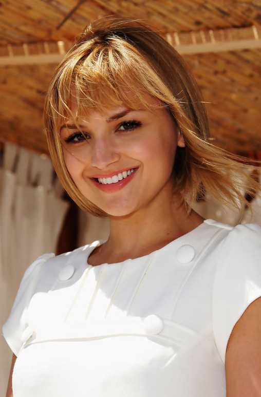 short bob hairstyles with blonde highlights