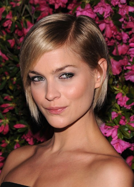 Classic Short Bob Haircut for Thin Hair