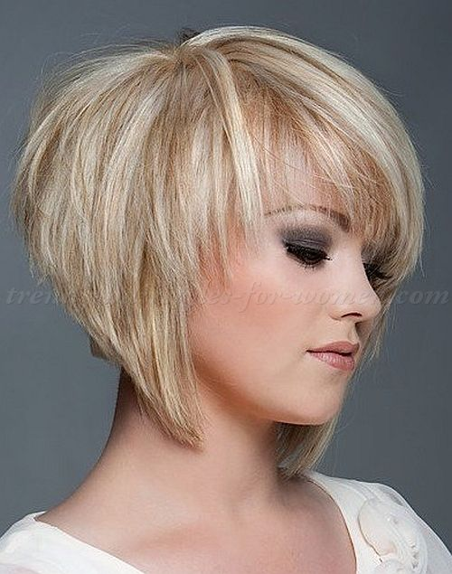 layered haircuts for short hair with bangs