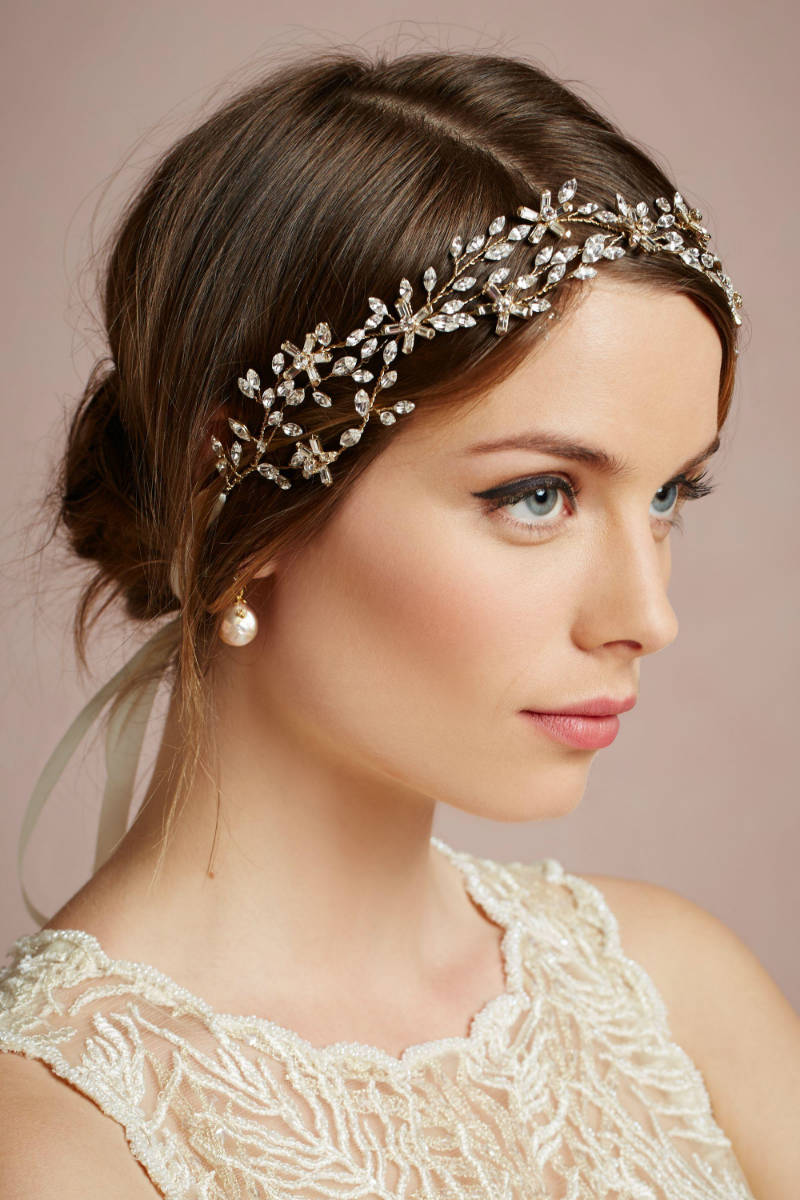 Best Wedding Hairstyles for Short Hair 2015 wedding-hairstyles-for-short-hair-with-tiara