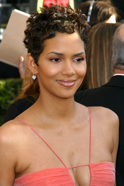 Beautiful Hairstyles for Short Black Hair black-american-hairstyles-for-short-hair