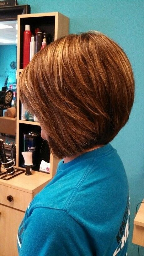 short stacked hairstyles for thick hair