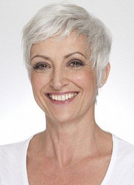 short hairstyles for straight gray hair