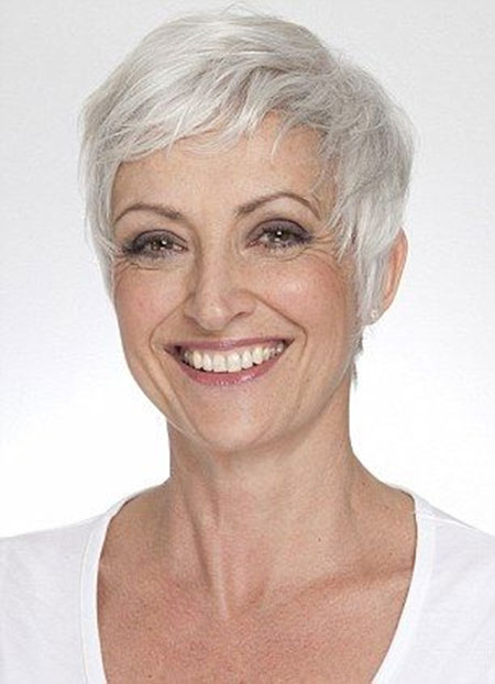 Best Short Hairstyles for Gray Hair
