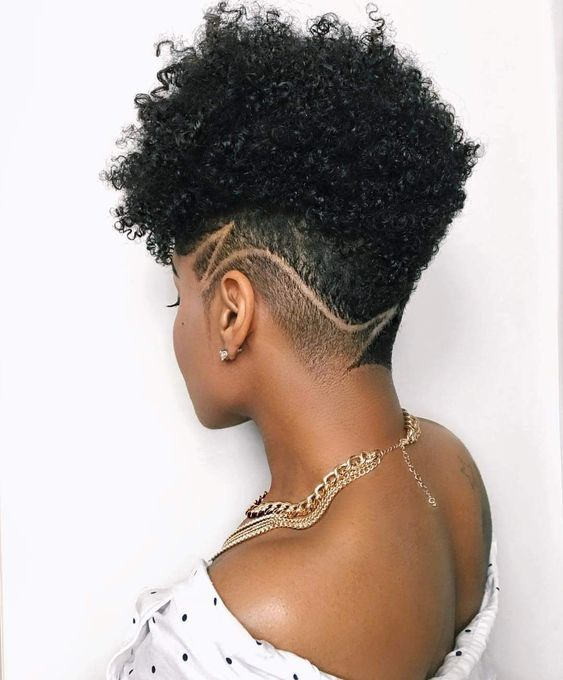 Faded Natural Curly Hairstyle for Black Women 5