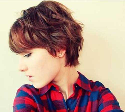 Beautiful Short Wavy Haircuts for Women Short-Layered-Haircuts-for-Wavy-Hair