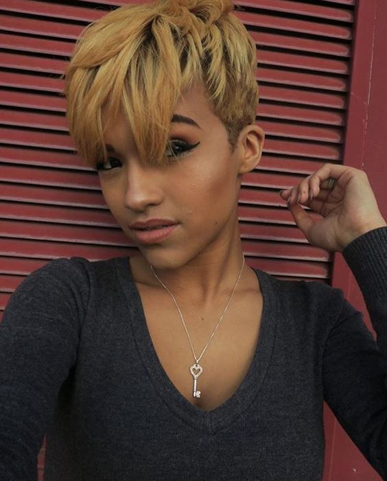 Short Straight Hairstyle for Black Women 8
