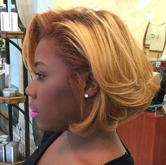Short Stacked Bob Hairstyle for African American Women with Straight Hair 8