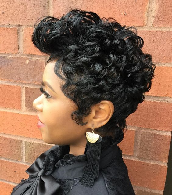 Big Soft Curls Hairstyle for African American Women 9