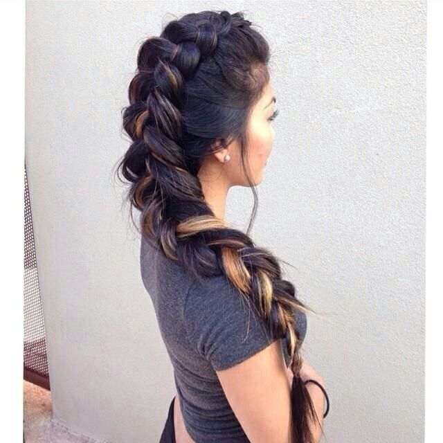 girls with elsa hairstyle