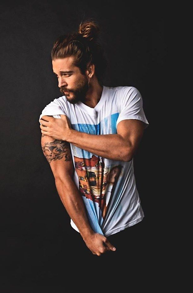 Man Buns Hairstyles With Beards 2015 man_bun_with_beards6_short-haircutstyles.com_