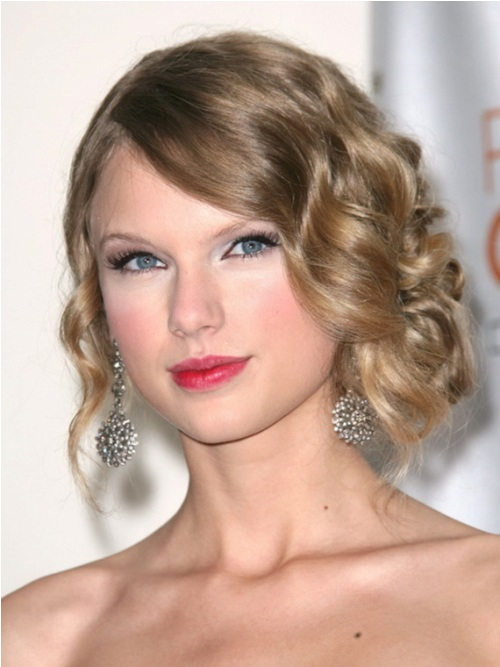 Hairdos for Short Hair 2016 taylor_swift_hairdo_2016