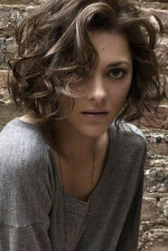 Best Style for Cute Bob Haircuts 2016 wavy-bob-hairstyles-4