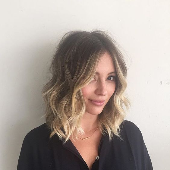 Unique and Stunning Chin Length Bob Hairstyle Bob_lower_waves_3