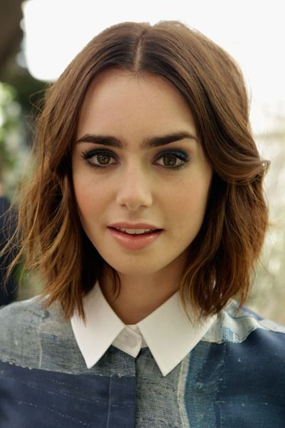 Short Haircuts For Thick Hair To Embellish Your Look Chic_short_hairstyle_thick_hair_4