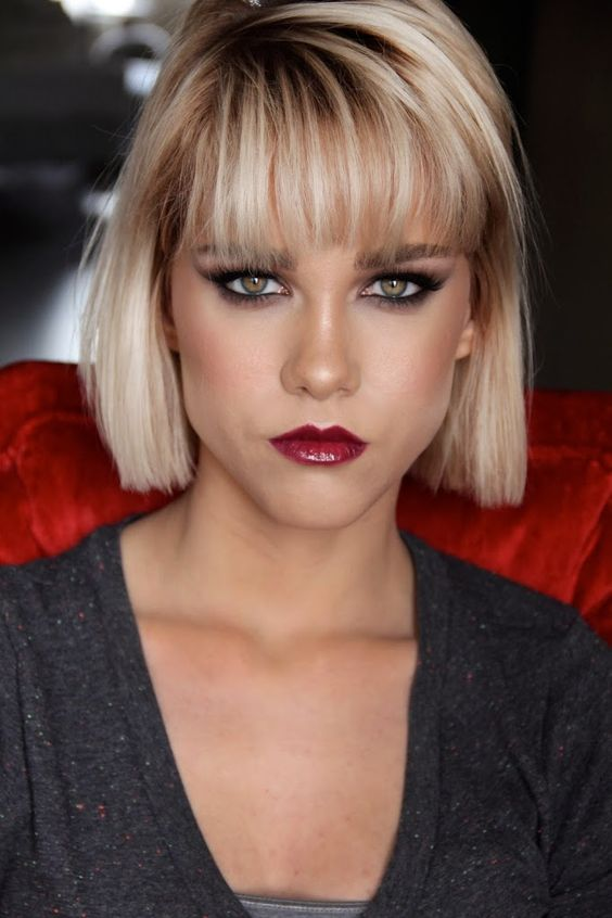 Unique and Stunning Chin Length Bob Hairstyle Full_fringe_bob_4
